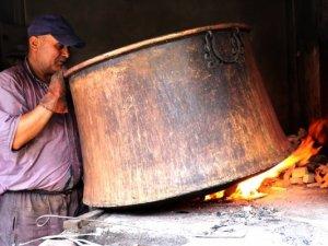 Son kalaycıların 180 derece sıcaklıkta ekmek savaşı