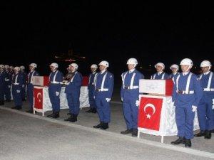 Hakkari'de şehit olan 3 asker için tören düzenlendi