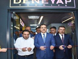 Hakkari'de teknoloji atölyesi açıldı