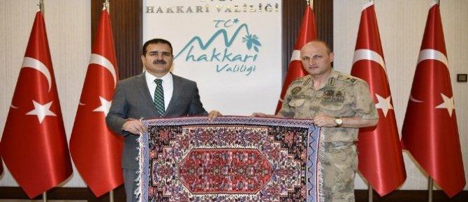 Tuğgeneral Ersoy'dan Vali Akbıyık'a ziyaret