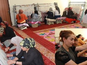 Hakkari'de Kadınlar Bir Geleneğin Öncülüğünü Yapıyor
