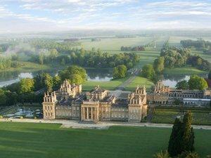 İngiltere saraydan çalınan altın klozet hırsızlarını arıyor
