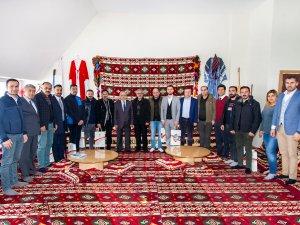 Hakkari Üniversitesi Rektörü Gazetecilerin Gazeteciler Gününü Kutladı