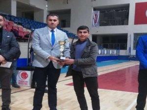 Hakkari'de U18 Erkekler Basketbol Turnuvası