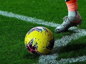 İran'da tüm futbol müsabakaları iptal edildi