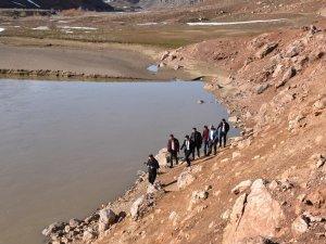 Vali Yardımcısı Duruk, Jeotermal sondajı alanını inceledi