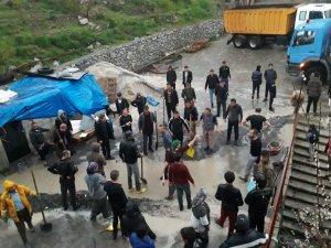 Hakkari'de Meydana Gelen Taşkınlar Vatandaşları Mağdur Etti