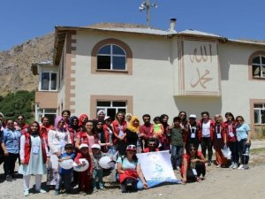 'Damla Projesi' gençleri Hakkari'de
