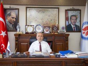 Rektör Pakiş'ten Atatürk'ü Anma Geçlik ve Spor Bayramı Mesajı
