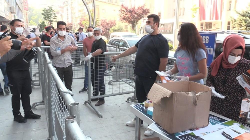 Hakkari'de maske zorunluluğu: Cezası 900 TL