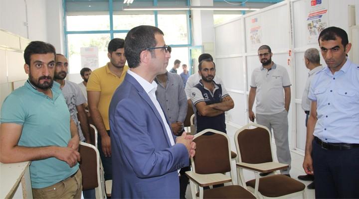 """Şemdinli'de 'Mesleğimi Seçtim, İstihdama Geçtim"""" projesi"""