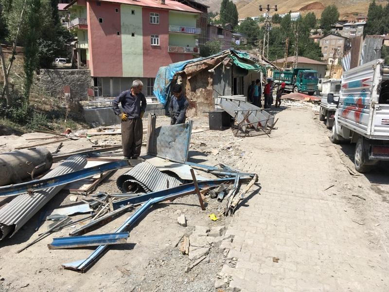 Yıkılan Baraka  Dükkanların Yerine  Alt Yapı Çalışması