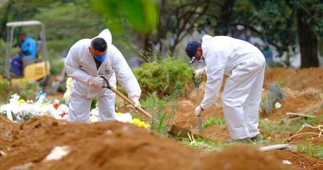 Kovid-19'dan ölenlerin sayısı dünya genelinde 900 bini geçti