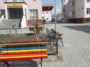Belediye'den okulları güzelleştirme çalışması