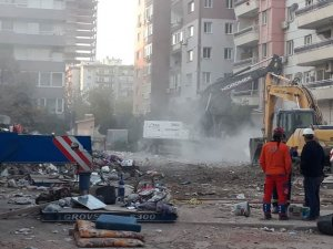 İzmir depreminde arama faaliyetleri sona erdi