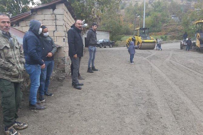 Sınır 'da yol çalışmaları hızlandı