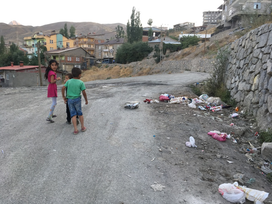 Toplanmayan Çöpler Tepkiye Neden oldu