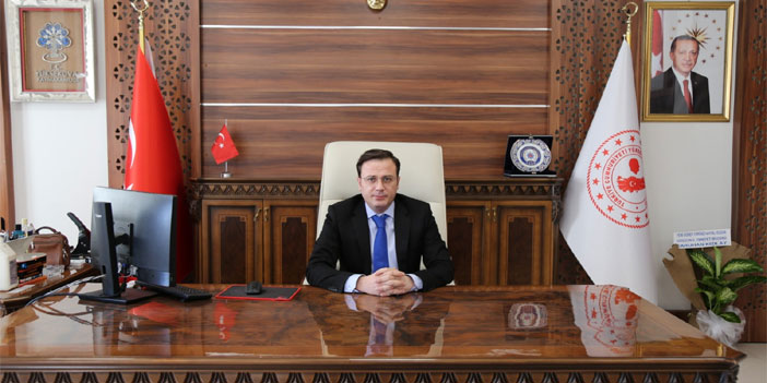 Yüksekova'nın yeni kaymakamı Özdemir görevine başladı