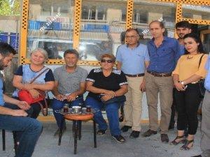 CHP heyeti Hakkari'de vatandaşlarla görüştü