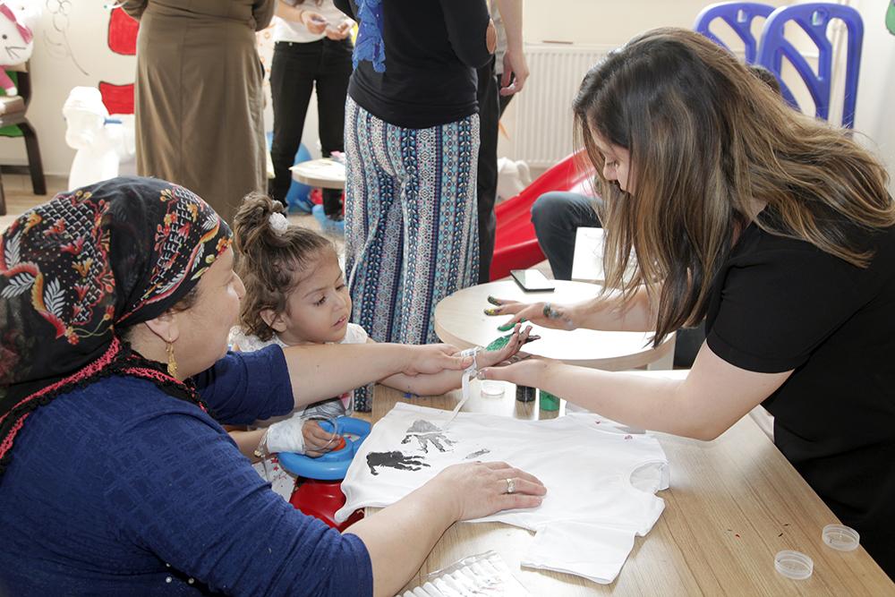 Hakkari Üniversitesi 'Çocuklarla etkinlikler' Programı Düzenledi