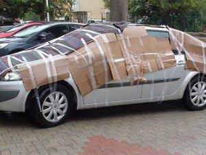 Vatandaşlardan araçlarına kartonlu ve halılı 'dolu' önlemi