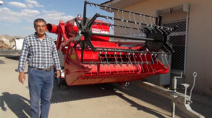 Aspir hasadı için Yüksekova'ya Biçer-Patoz makinası gönderildi