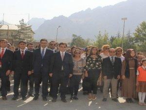 Hakkari'de İlköğretim Haftası etkinliği