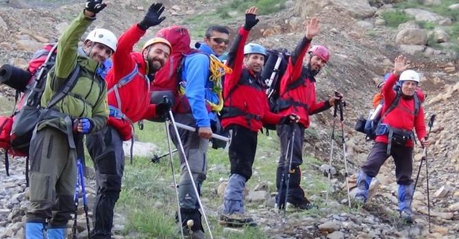 6 kişilik dağcı grubu Sümbül Dağına tırmandı