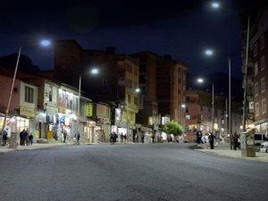 Cumhuriyet ve Barış caddeleri asfaltlandı