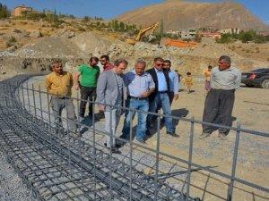 Başkan Epcim mezbaha inşaatını denetledi