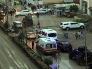 Hakkari'de polis noktasına yıldırım düştü: 2'si polis 3 yaralı