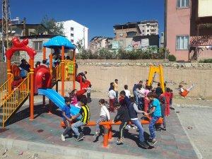 Çocukların İzdihamları Aratmayan Park Sevinci