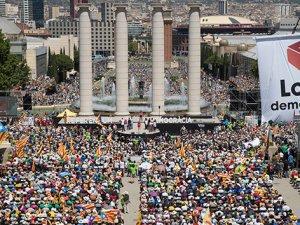 Katalonya'nın bağımsızlık ilan etmesi bekleniyor