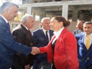 AK Parti Sosyal Politikalardan Sorumlu Genel Başkan Yardımcısı Öznur Çalık:
