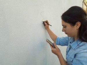 Fedakar Öğretmenler Okul Duvarını Resimlerle Süsledi