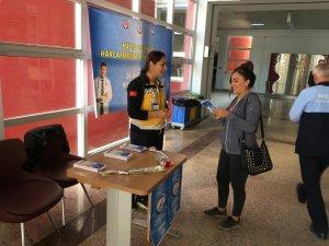 Hakkari Üniversitesi Öğrencilerinden 'Hasta Hakları Günü' Etkinliği