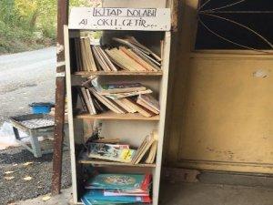 İzmir'den geldi, sınır köyüne kitaplık kurdu
