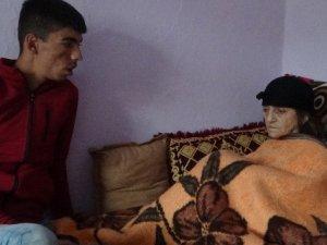 İzne gelen asker, ailesini yangından kurtardı
