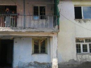Evleri yanan Er ailesine ASP İl Müdürlüğü sahip çıktı