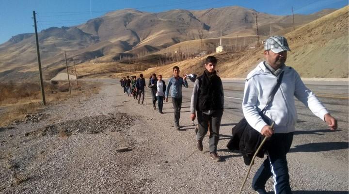 Esendereli öğrencilerden doğa yürüyüşü