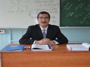 Gönüllü öğretmen 21 yıldır Yüksekova'da