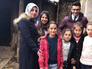 Fedakar öğretmenler, 8 kız çocuğunu daha okula kazandırdı