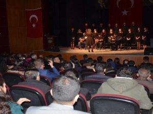 Yüksekova'da 24 Kasım Öğretmenler Günü