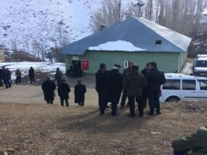 Yüksekova'da trafik kazası: 1 güvenlik korucusu şehit