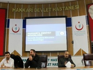 Hakkari'de 'Narkorehber' semineri