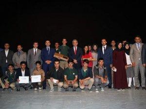 Hakkari'de 6. Umre Ödüllü Kitap Okuma Yarışması Düzenlendi