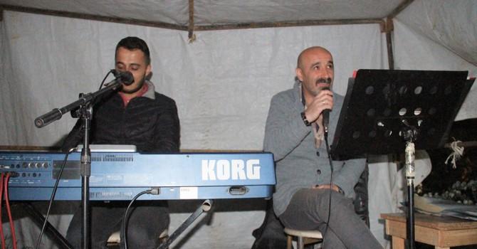 O Ses Türkiye yarışmacısı canlı müzik ziyafeti verdi!