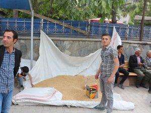 Hakkari'de fitrelik buğday satışları başladı