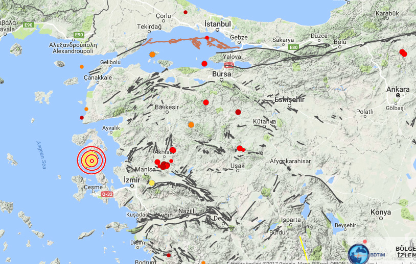 Son dakika! İstanbul'da şiddetli deprem!