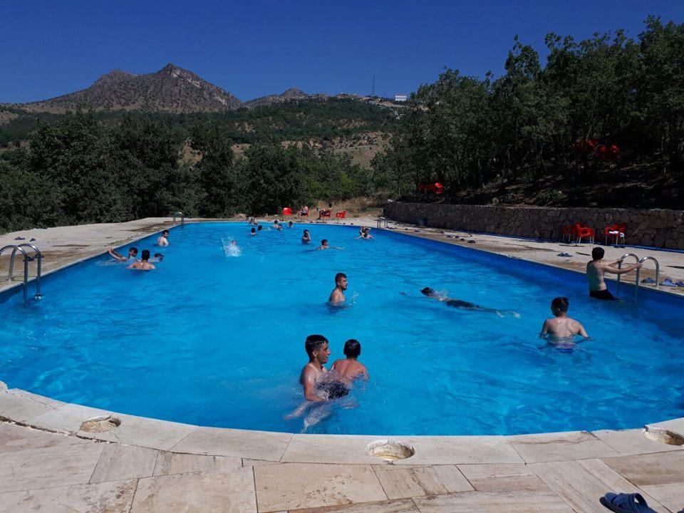Çukurca'da Olimpik Yüzme Havuzuna Büyük İlgi